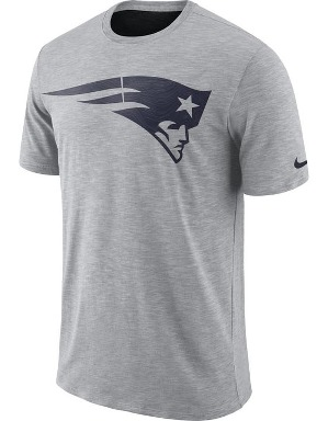 Nike Adult New England Patriots T-shirt