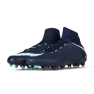 Youth Nike Hypervenom Phantom III Dynamic Fit